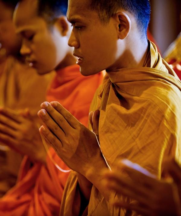 Bài viết, tiểu luận, truyện ngắn - Bước chuyển từ triết lý niệm Phật đến tín ngưỡng niệm Phật