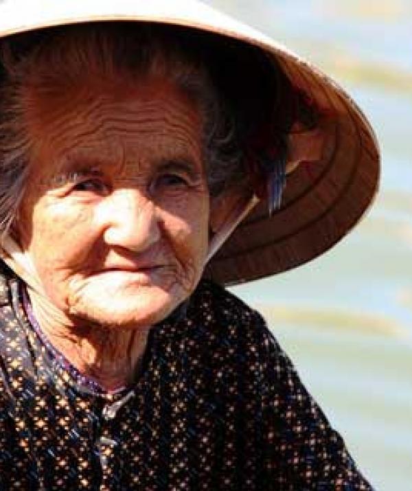 Bài viết, tiểu luận, truyện ngắn - Hình ảnh người mẹ trong Kinh điển