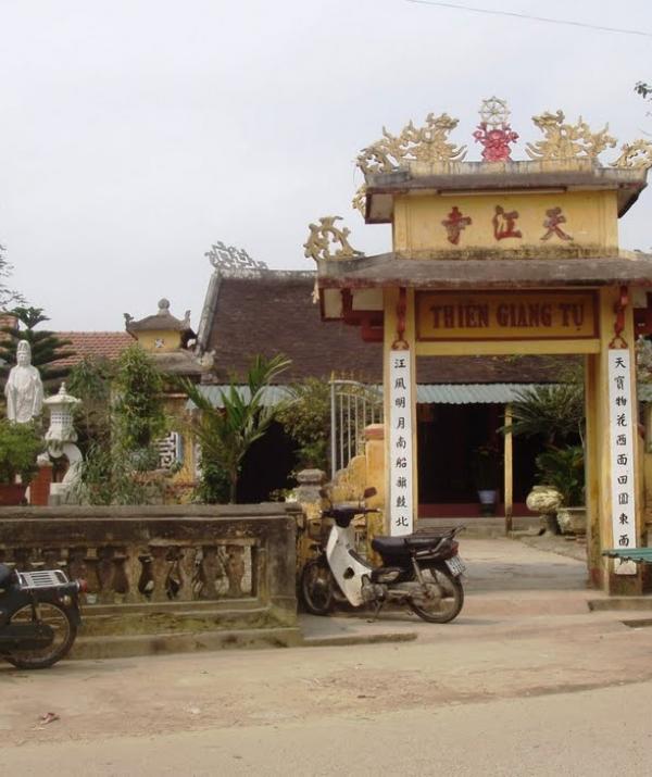 Bài viết, tiểu luận, truyện ngắn - Ngôi chùa niệm Phật